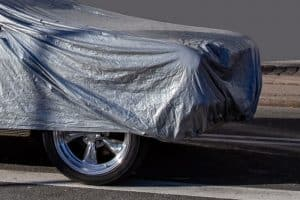 Should you put a cover on a wet car?