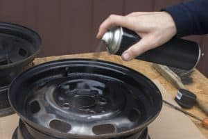 What is the best spray paint for car rims?