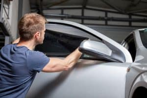 How much does it cost to tint car windows.