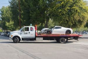 How much does it cost to tow a car.